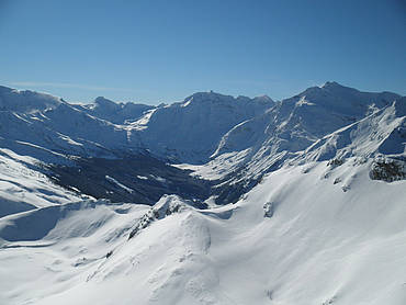 Ski tour with view of Kolm Saigurn