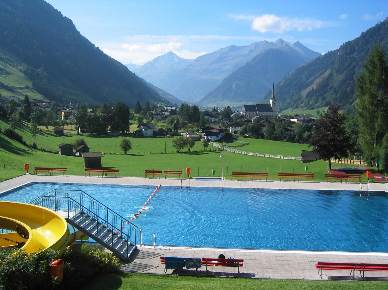 R S Pool Spa